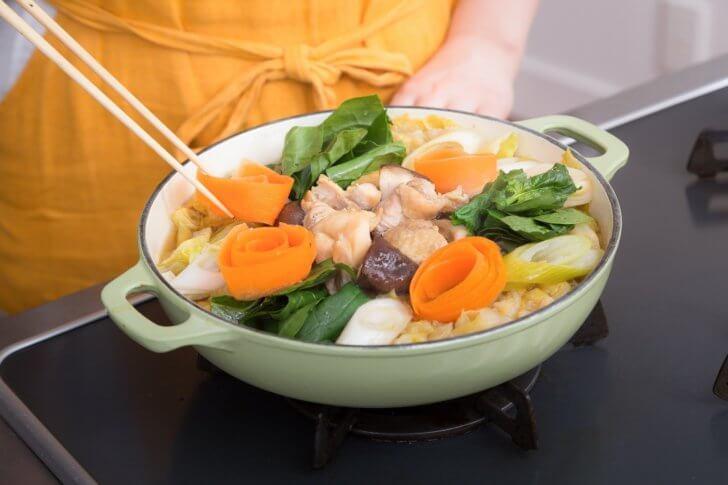 野菜盛りだくさんの鍋